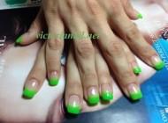 St Patrick design nails